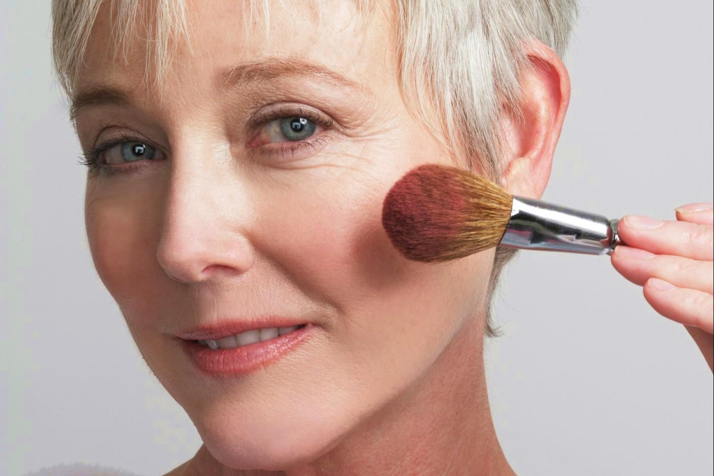 http://Ringiovaniamoci con l'aiuto del Make-up