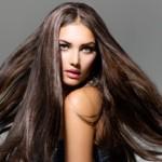 Cosa mangiare per avere capelli lunghi e folti